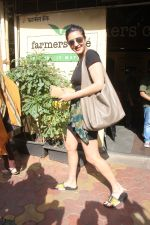 Shruti Hassan with mother Sarika spotted at farmer_s cafe bandra on 8th Sept 2018 (10)_5b9527519807b.JPG