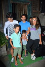 Amrita Arora with family spotted at Pali Village cafe in bandra on 11th Sept 2018 (29)_5b98bc714ad46.JPG