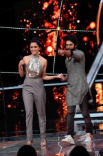 Shahid Kapoor, Shraddha Kapoor at the promotion of film Batti Gul Meter Chalu on the sets of Indian Idol at Yashraj in andheri on 11th Sept 2018 (32)_5b98c10be2752.jpg