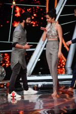 Shahid Kapoor, Shraddha Kapoor at the promotion of film Batti Gul Meter Chalu on the sets of Indian Idol at Yashraj in andheri on 11th Sept 2018 (47)_5b98c118e5851.jpg