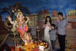 Bhushan Kumar, Divya Kumar perform Ganpati pooja at Tseries office in andheri on 13th Sept 2018 (30)_5b9b5624e2e6c.JPG