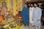 Neil, Nitin and Naman Mukesh celebrates Ganesh chaturthi & muhutat of his brother_s directorial debut at his home on 13th Sept 2018 (32)_5b9b59295fa5d.JPG