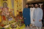 Neil, Nitin and Naman Mukesh celebrates Ganesh chaturthi & muhutat of his brother_s directorial debut at his home on 13th Sept 2018 (35)_5b9b592ec7666.JPG