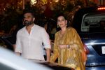 Sunil Shetty, Mana Shetty at Mukesh Ambani_s House For Ganesha Chaturthi on 13th Sept 2018 (9)_5b9b57cb04de5.jpg