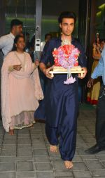 Aayush Sharma at Arpita Khan_s Ganpati Immersion at bandra on 14th Sept 2018 (70)_5b9ccad492b23.jpg