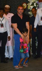 Sohail Khan at Arpita Khan_s Ganpati Immersion at bandra on 14th Sept 2018 (34)_5b9ccb88d6213.jpg