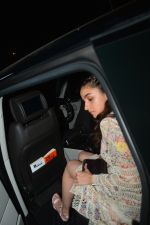 Alia Bhatt at Akansha Ranjan_s Birthday Paty in Bastian Bandra on 18th Sept 2018 (25)_5ba1f1e5ba348.JPG