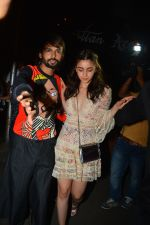 Alia Bhatt at Akansha Ranjan_s Birthday Paty in Bastian Bandra on 18th Sept 2018 (27)_5ba1f1ea3a9c0.JPG