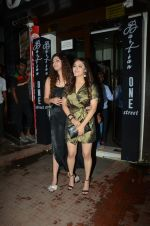 Anushka Ranjan at Akansha Ranjan_s Birthday Paty in Bastian Bandra on 18th Sept 2018 (28)_5ba1f1fb1eec2.JPG