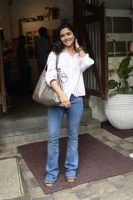 Pranutan Bahl spotted at Fabel juhu on 21st Sept 2018 (22)_5ba894fb5b0e3.JPG