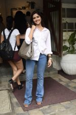 Pranutan Bahl spotted at Fabel juhu on 21st Sept 2018 (23)_5ba894fcd34f5.JPG