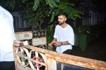 Virat Kohli spotted at bandra on 19th Sept 2018 (15)_5ba87eb0200bf.JPG