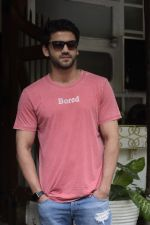 Zaheer Iqbal spotted at Fabel juhu on 21st Sept 2018 (26)_5ba8955004772.JPG