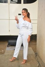 Amrita Arora spotted at Mehboob Studio in bandra on 25th Sept 2018 (16)_5baa6b1698fe3.JPG
