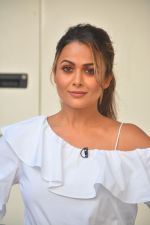 Amrita Arora spotted at Mehboob Studio in bandra on 25th Sept 2018 (9)_5baa6b3101c19.JPG