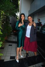 Neha Dhupia, Katrina Kaif before the recording of NofilterNeha season3 in Khar on 23rd Sept 2018 (33)_5ba9f53f1e9c7.JPG