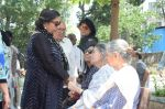 Shabana Azmi at Kalpana Lajmi Funeral At Oshiwara Crematorium In Mumbai on 23rd Sept 2018 (131)_5ba9d3b339c15.JPG