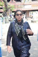 Shabana Azmi at Kalpana Lajmi Funeral At Oshiwara Crematorium In Mumbai on 23rd Sept 2018 (146)_5ba9d4474ee87.JPG