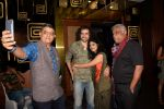 Ashish Vidyarthi, Vishal Bharadwaj at Royal Stag Barelle select screening of short film Kahanibaaz at The View in andheri on 25th Sept 2018 (6)_5bab31ff626b7.jpg