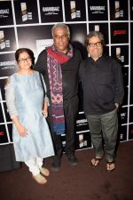 Rekha Bharadwaj, Ashish Vidyarthi, Vishal Bharadwaj at Royal Stag Barelle select screening of short film Kahanibaaz at The View in andheri on 25th Sept 2018 (9)_5bab32bf8b826.jpg