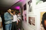Abhishek Bachchan Inaugurates Frames 75 an exhibition of photographs on Amitabh Bachchan by Pradeep Chandra & SMM Ausaja at Whistling Woods in goregoan on 28th Sept 2018 (12)_5bae35327d4cf.JPG