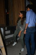 Gauri Khan spotted at bandra on 27th Sept 2018 (10)_5badd16c195cd.JPG