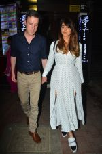 Ileana D_cruz with husband at Bastian bandra on 27th Sept 2018 (12)_5badd18d14634.JPG
