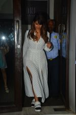 Ileana D_cruz with husband at Bastian bandra on 27th Sept 2018 (2)_5badd15f01aa8.JPG
