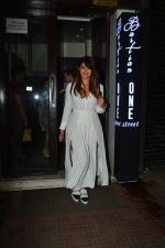 Ileana D_cruz with husband at Bastian bandra on 27th Sept 2018 (6)_5badd16bad833.JPG