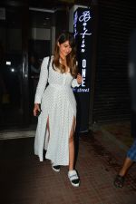 Ileana D_cruz with husband at Bastian bandra on 27th Sept 2018 (9)_5badd172f3453.JPG