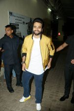 Jackky Bhagnani at Sui Dhaaga screening in pvr juhu on 27th Sept 2018 (31)_5badd6ca90343.JPG