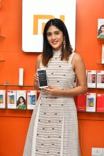 Chandini Chowdary at the launch of RedMi 6 Mobile Offline at Cellbay showroom-Gachibowli Branch on 30th Sept 2018 (16)_5bb1cf7fd1a72.JPG
