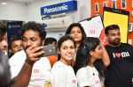 Chandini Chowdary at the launch of RedMi 6 Mobile Offline at Cellbay showroom-Gachibowli Branch on 30th Sept 2018 (8)_5bb1cf7114728.JPG