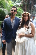 Neha Dhupia_s Baby Shower in Olive, Bandra on 30th Sept 2018 (10)_5bb1dd14d2ccf.JPG