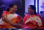 Sumitra Mahajan and Asha Bhosle at the release of Mothi Tichi Savli, a book on Lata Mangeshkar, penned by Meena Mangeshkar-Khadikar 2_5bb1c1f41ea96.jpg