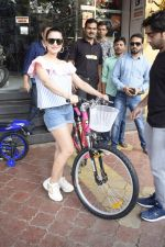 Ameesha Patel Spotted At Riders Cycle Store In Andheri on 3rd Oct 2018 (15)_5bb5a95d26f8a.JPG