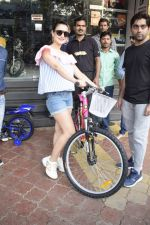 Ameesha Patel Spotted At Riders Cycle Store In Andheri on 3rd Oct 2018 (18)_5bb5a962445a5.JPG