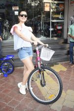 Ameesha Patel Spotted At Riders Cycle Store In Andheri on 3rd Oct 2018 (20)_5bb5a9658a4d7.JPG