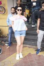 Ameesha Patel Spotted At Riders Cycle Store In Andheri on 3rd Oct 2018 (6)_5bb5a94ec8749.JPG