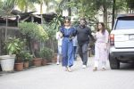 Anushka Sharma Spotted At Anand Rai_s Office on 3rd Oct 2018 (21)_5bb5a971b6e29.JPG