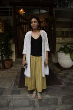 Swara Bhaskar spotted at Fable juhu on 5th Oct 2018 (2)_5bb87c344daef.JPG