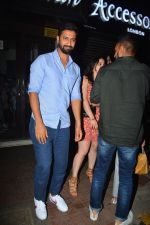 Vicky Kaushal spotted at Bastian in bandra on 5th Oct 2018 (2)_5bb88ec50ae7f.JPG