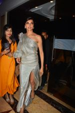 Deepika Padukone at Elle Beauty Awards in taj lands End, bandra on 7th Oct 2018