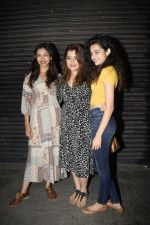 Shikha Talsania_s birthday party at bandra on 7th Oct 2018 (11)_5bbb0792597f4.JPG