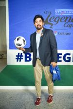 Rannvijay Singh at the launch of india_s largest corporate football tournament Legends Cup in Tote racecourse on 9th Oct 2018 (1)_5bbf041b8d421.jpg