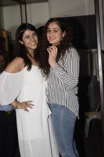 Ekta Kapoor spotted at Bastian bandra on 11th Oct 2018 (71)_5bc0dcd550800.JPG