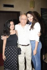 Mukesh Bhatt, Rhea Chakraborty at the Screening of film Jalebi in pvr icon, andheri on 11th Oct 2018 (19)_5bc0deffc9a8a.JPG