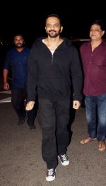Rohit Shetty spotted at airport as they leave for the shoot of Simba on 11th Oct 2018