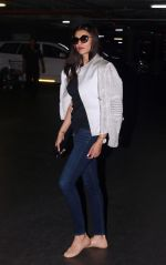 Sushmita Sen spotted at airport as they leave for the shoot of Simba on 11th Oct 2018 (3)_5bc0c16923506.JPG