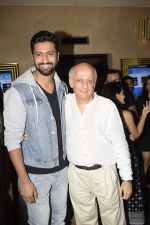 Vicky Kaushal at the Screening of film Jalebi in pvr icon, andheri on 11th Oct 2018 (14)_5bc0dfa7681a2.JPG
